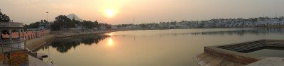 The holy Pushkar Lake at sunset.